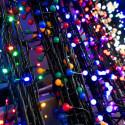 Bez vánočních světelných řetězů by snad ani Vánoce nemohly být!