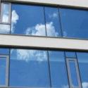 Hliníková okna spojují eleganci a funkčnost