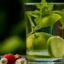 Správný detoxikační nápoj