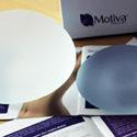 Zvětšení prsou implantáty Motiva nezanechá téměř žádné stopy
