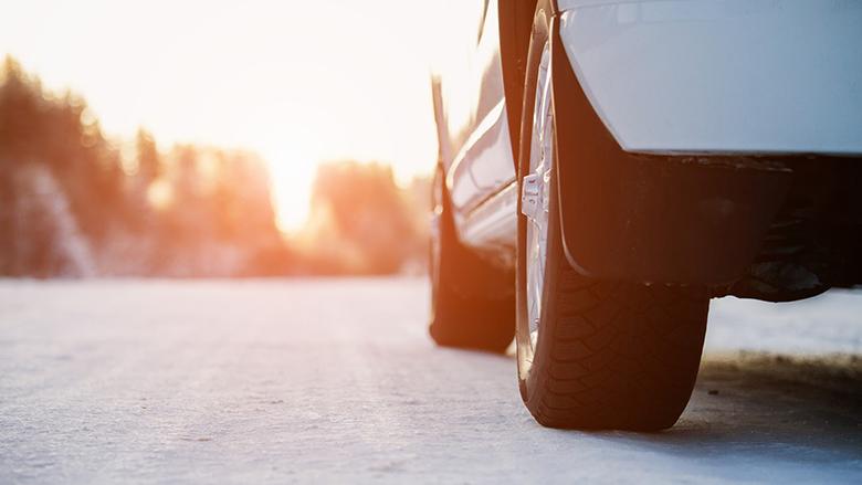 Foto: Pneumatika na zmrzlé silnici